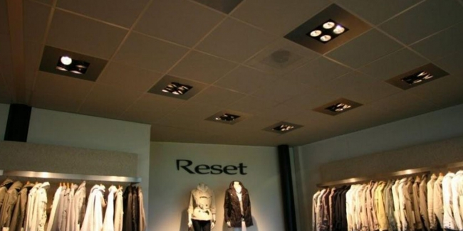 Verlichting showroom - P & E Installatietechniek Zaandam