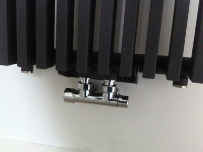Radiator plaatsen - P & E Installatietechniek Zaandam